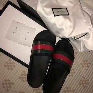 Gucci Flip Flop Slides Black Size 8